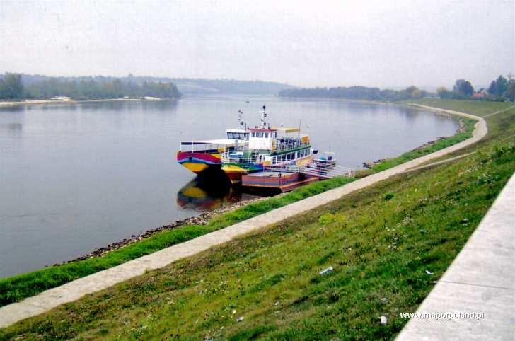 Bulwar nad Wisłą - Kazimierz Dolny
