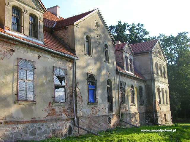 Ruiny pałacu - Myszkowo