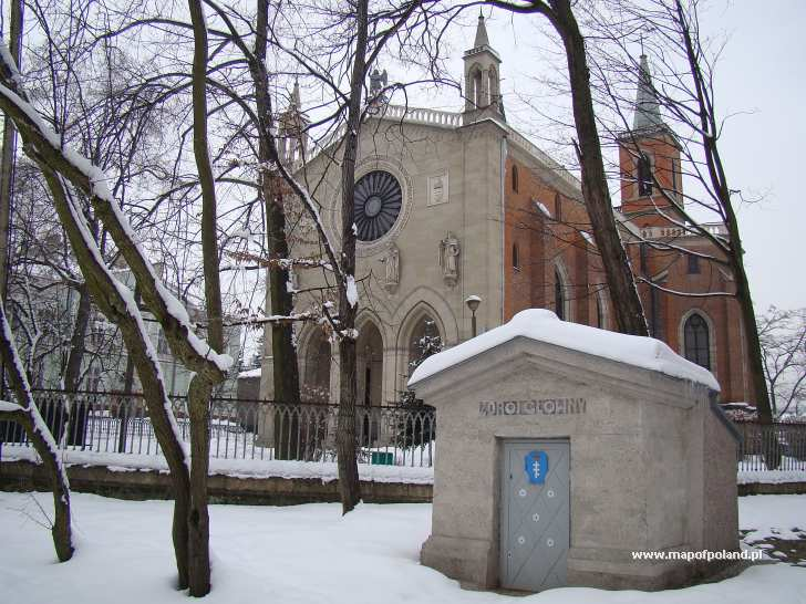 Parafia Św. Marcina z Tours zimą - Krzeszowice