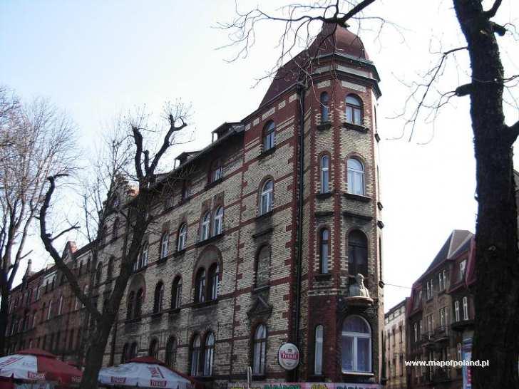 Zabytkowa kamienica - ul. Szabatowskiego - Chorzów