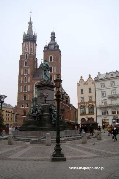 Rynek Główny - pomnik Adama Mickiewicza - Kraków