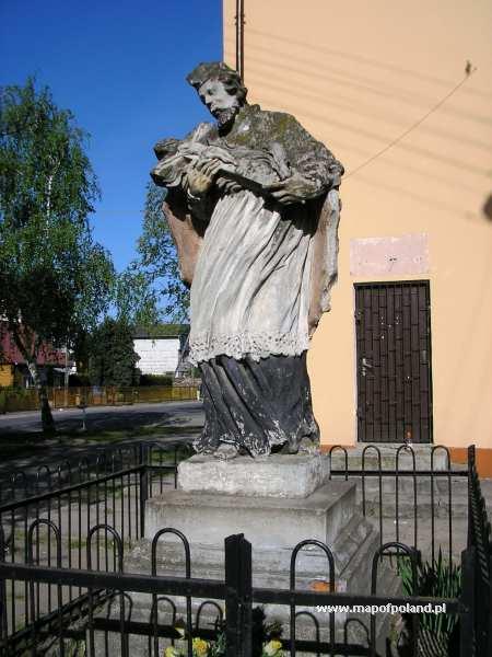 Figura św. Jana Nepomucena - Gołąb