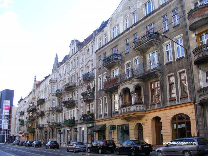 Ul. Piastowska, piękne kamienice - Wrocław